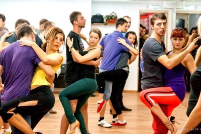 Акции школы танцев Dance Life