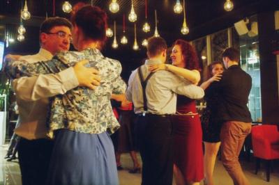 УРОКИ ТАНГО В DANCE LIFE