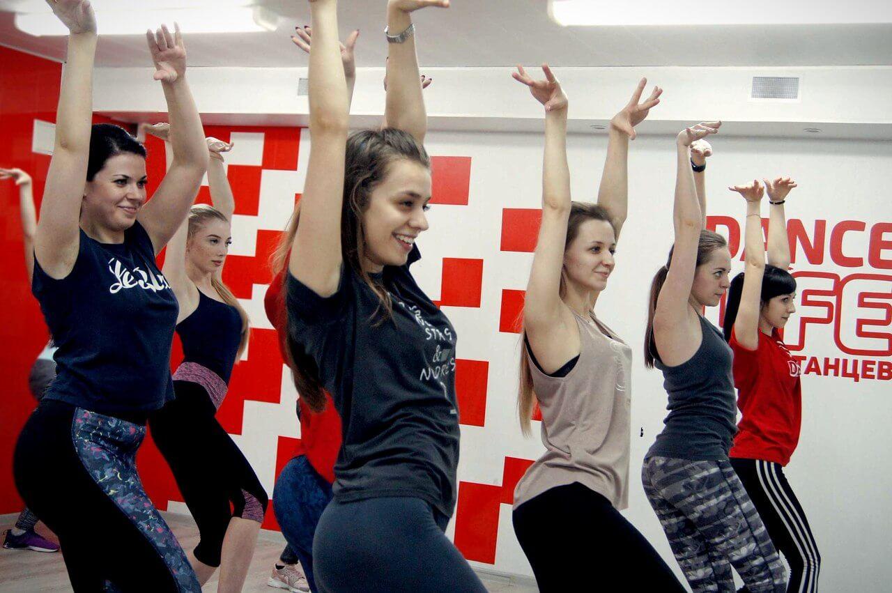 Уроки Леди-стайл в Dance Life