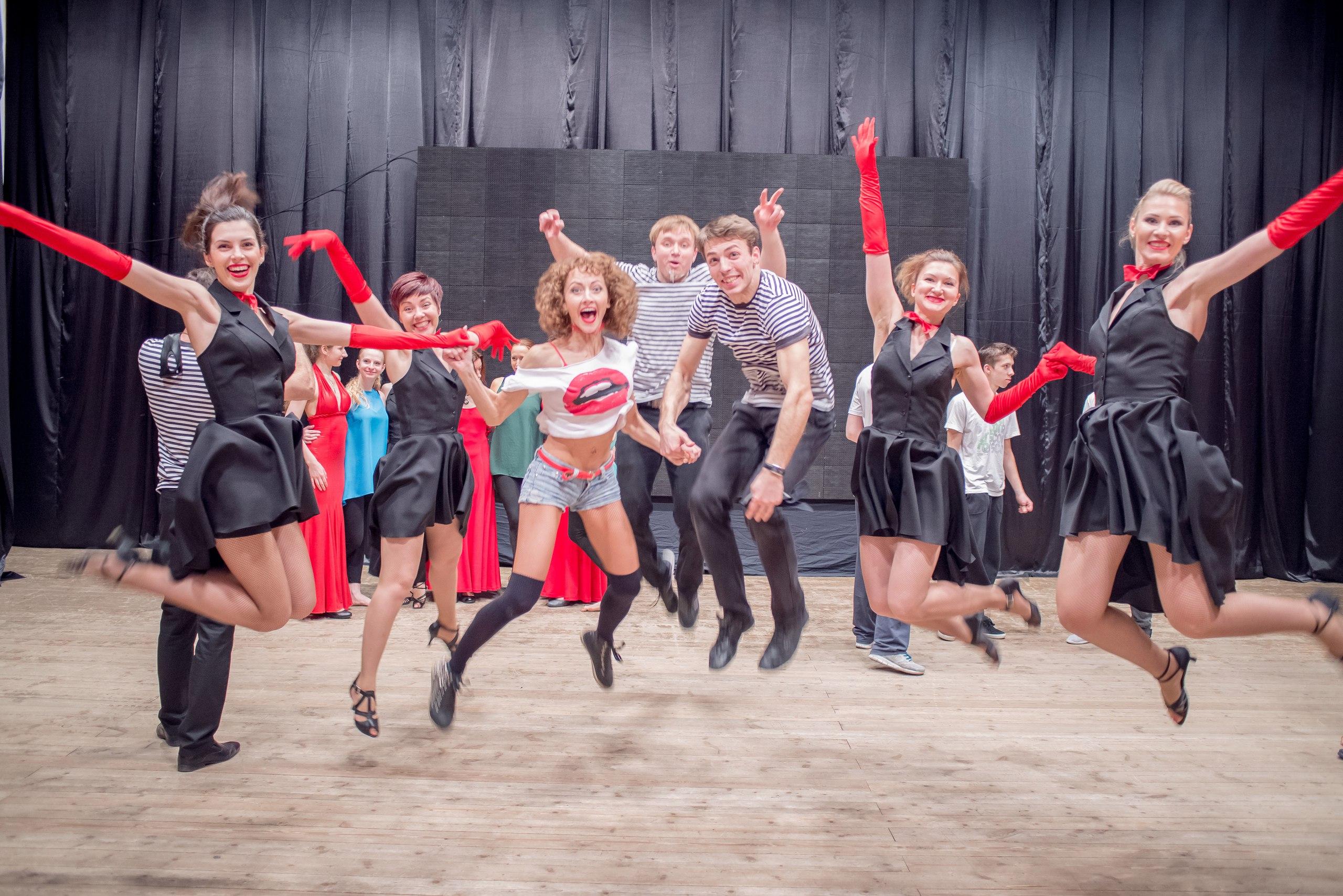 Школе танцев Dance Life 2 года!