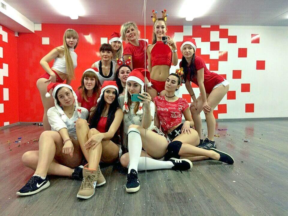 Новогоднее поздравление группы Тверк