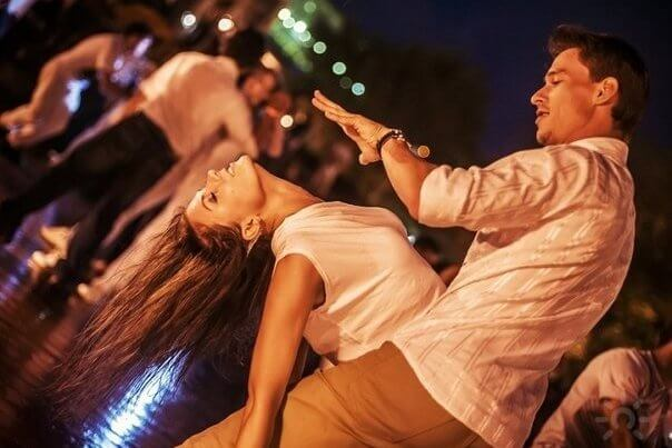 Социальные танцы – самое время!