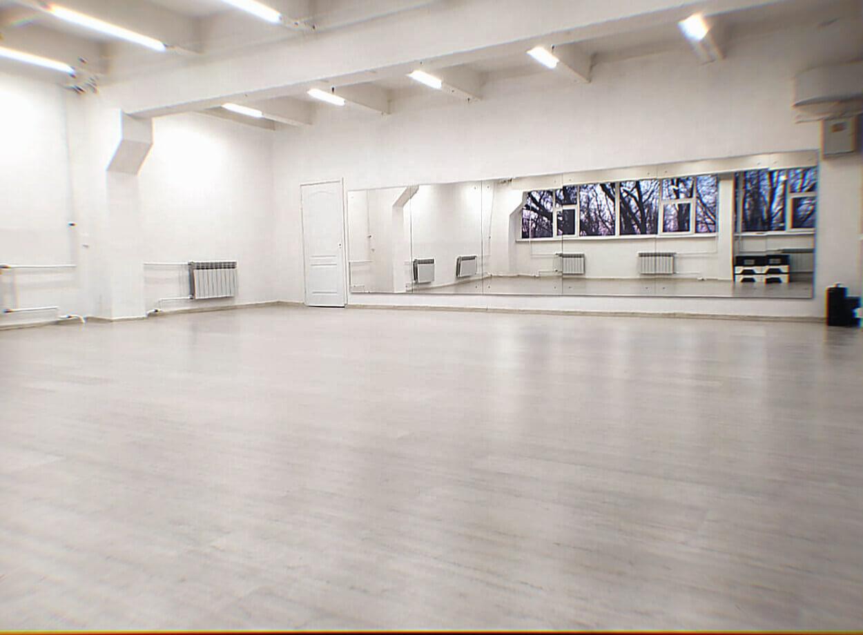 Групповой зал (Б. Хмельницкого 135 б)